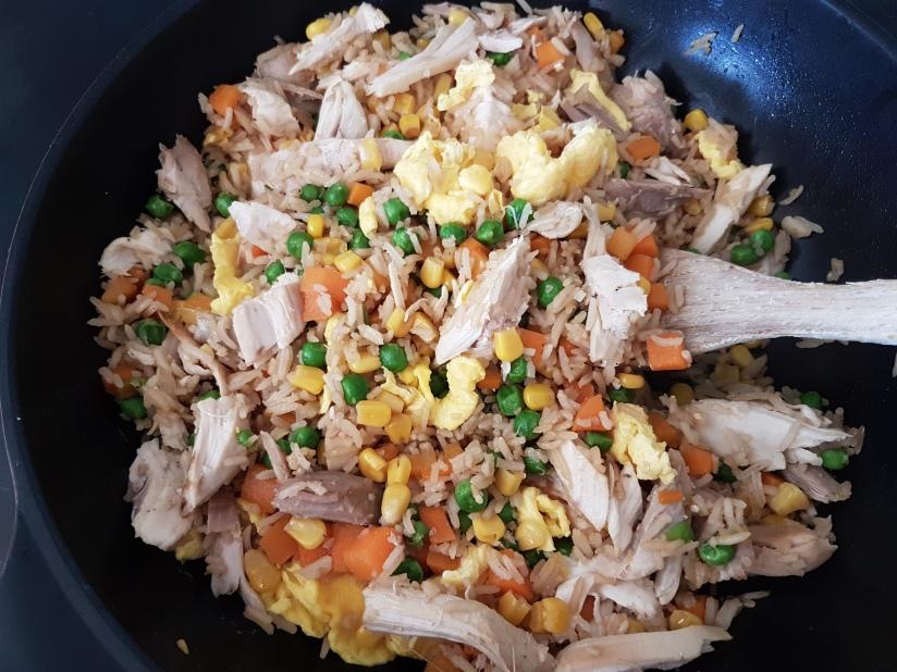 Stekt ris medkylling